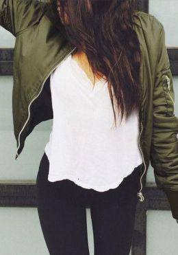 fall-fashion-military-green-jacket
